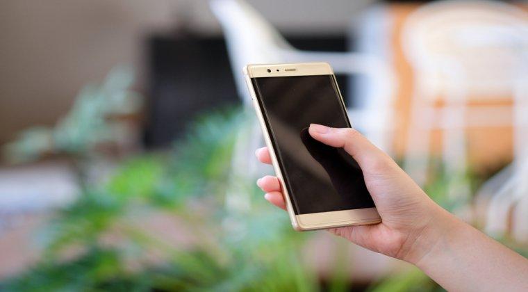 Evaluarea costurilor pentru reparatia unui smartphone