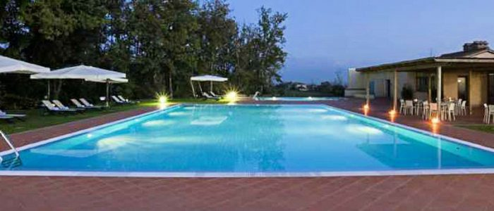 Ce trebuie sa stiti cand contactati o firma pentru a va construi piscina?
